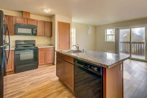 206-kitchen-living-balcony-1