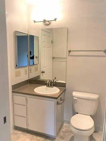 EG 232 Bathroom  3- edit