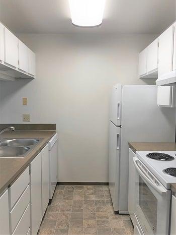 EG 232 Kitchen 3- edit