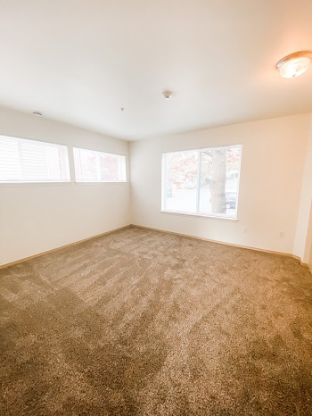 EG124 bedroom