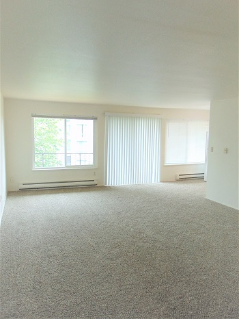 EC 204 Living room-1