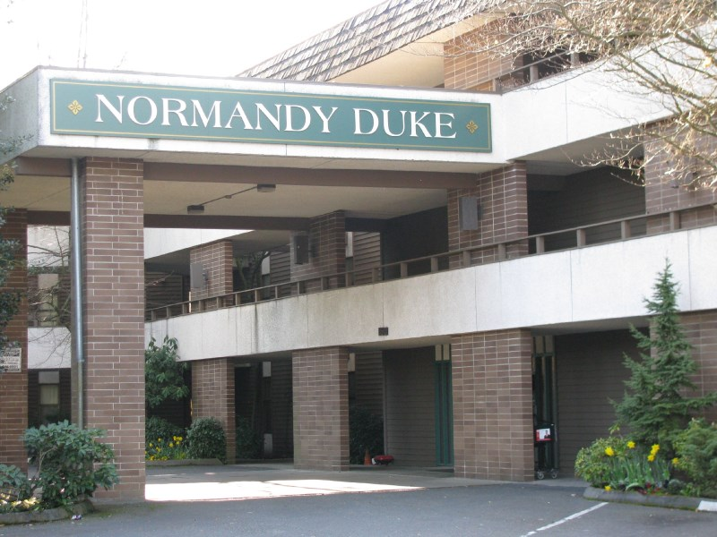 zsmall_Normandy Duke Exterior